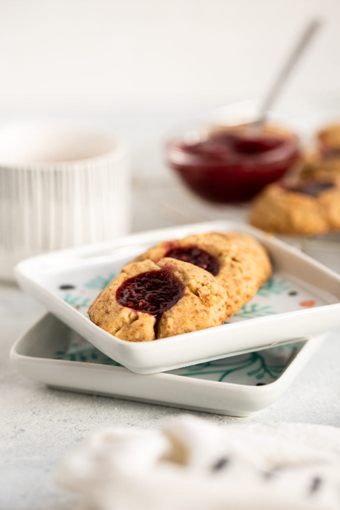 easy thumbprint cookie close up
