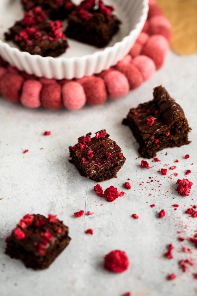 homemade raspberry brownie bites close up