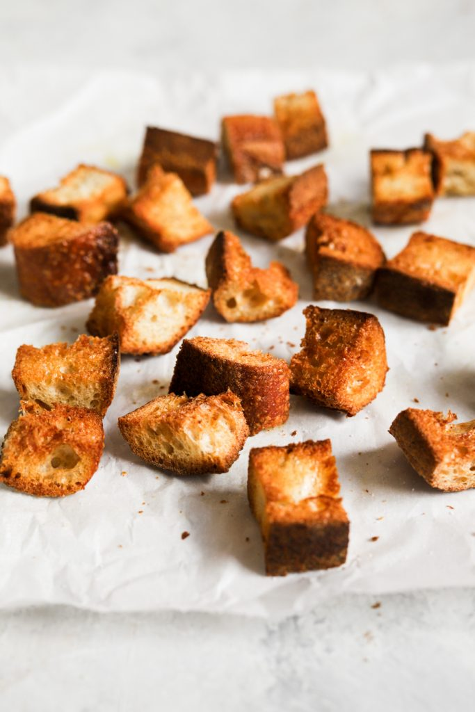 toasted bread cubes for panzanella salad